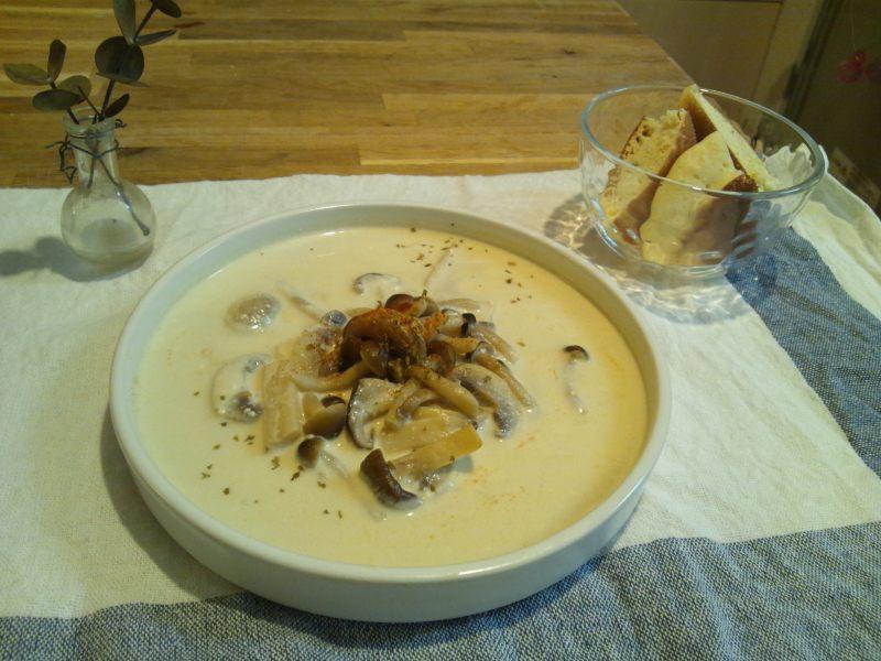 キャビック株式会社のブログ-ふわふわパンケーキ・きのこのサワークリームスープ