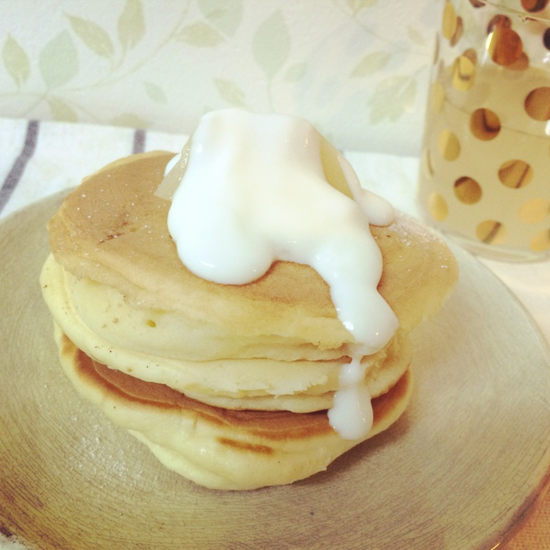 桃の天然水スパークリングのホットケーキ