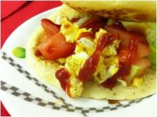 キャビック株式会社のブログ-トマトとレタスの卵サンド