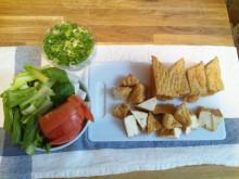 キャビック株式会社のブログ-野菜切っておく