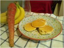 キャビック株式会社のブログ-ニンジンとバナナのパンケーキ